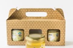 Sortni medovi , kremni med.