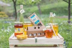 Med, čebelji vosek, medeni liker.